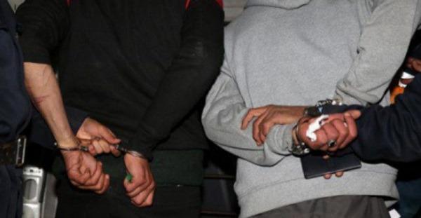 فاس-مكناس.. توقيف عشرة أشخاص يشتبه في ارتباطهم بشبكة إجرامية تنشط في تزييف علامات تجارية